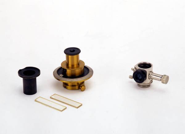 Microscopio composto Koristka con accessori